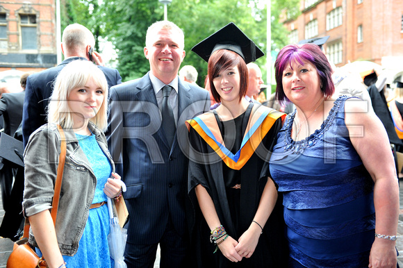 DMU-graduation-Fri-115